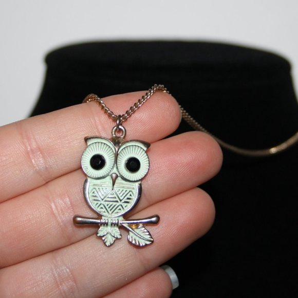 """Adorable teal and gold owl necklace 18-20"""""""
